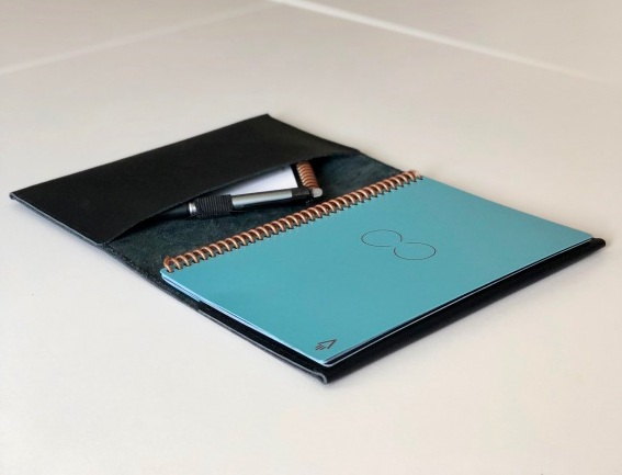 Kožený obal na zápisník VASCO velikosti A5 (výběr 21 barev) 5-červená
